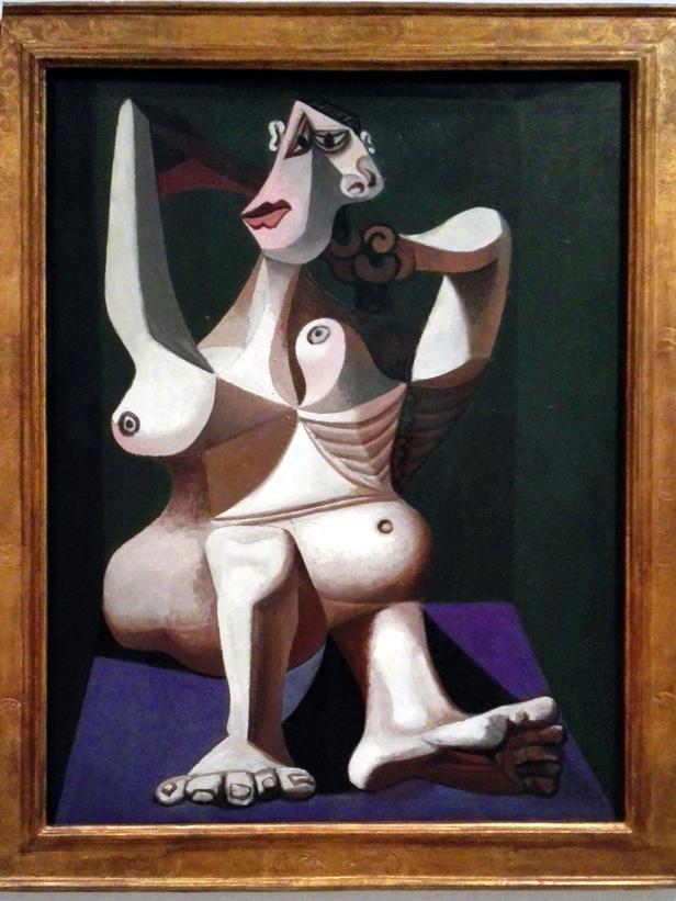 Pablo Picasso - Mujer arreglándose el pelo