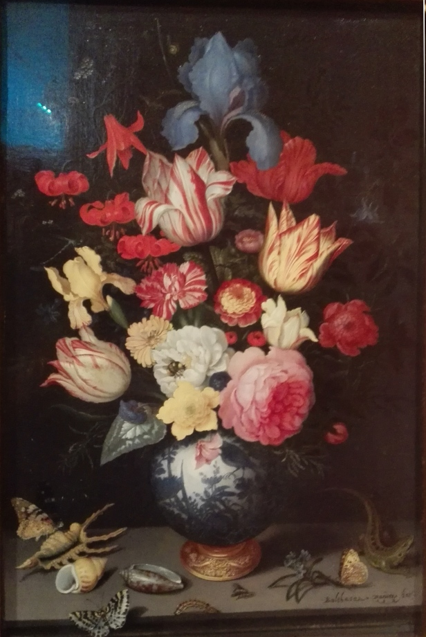 Baltahasar van del Ast - Chinese Vase with Flowers, Shells and Insects - 1928 - Musseum Thyssen-Bornemisza.jpg